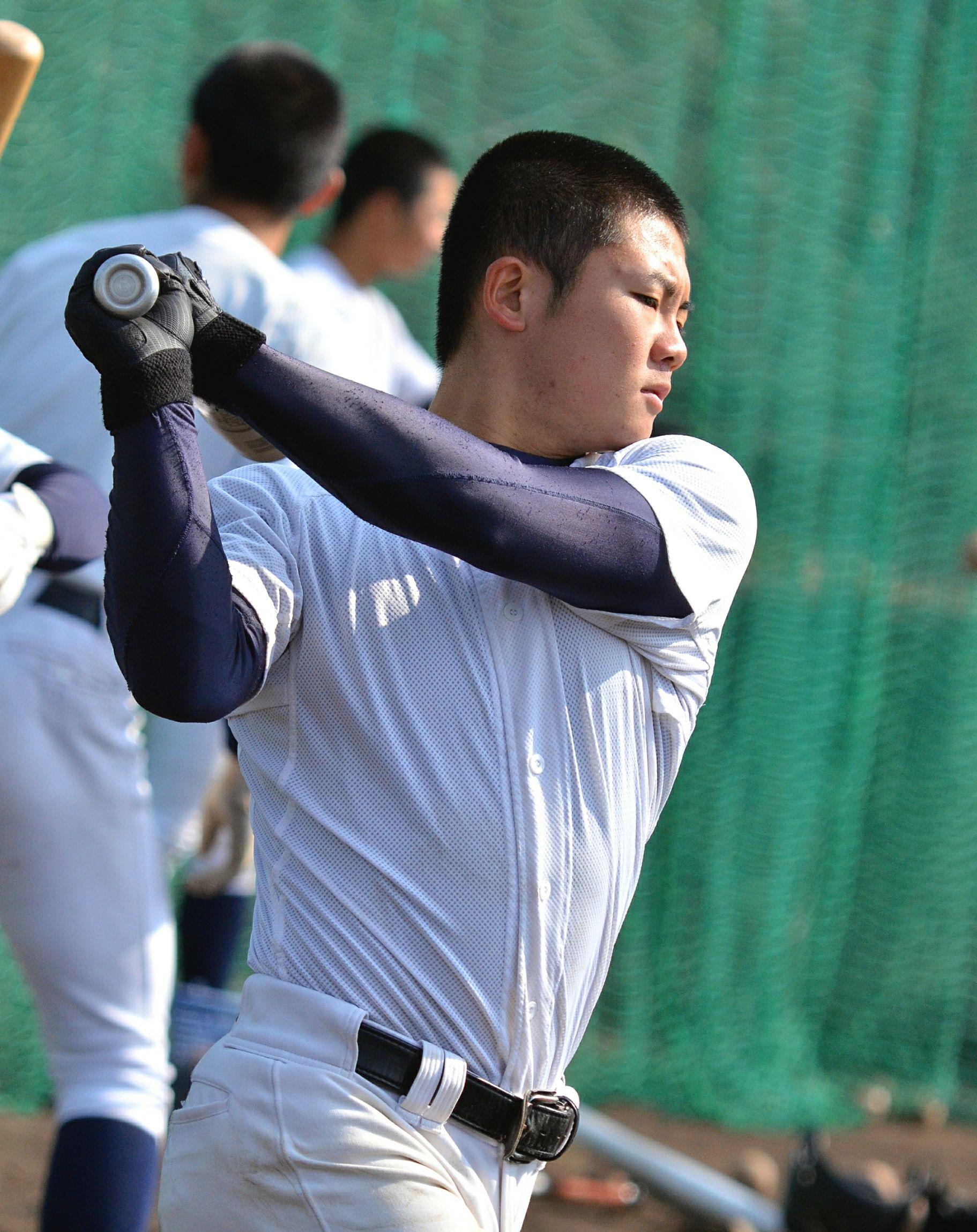 関西高校 硬式野球部 二刀流選手