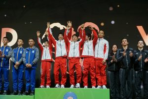 第1回世界ジュニア体操競技選手権大会で団体優勝!個人総合でも2位!